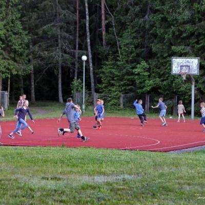 """Poilsio namuose """"Tolieja"""" vyko stovykla """"Sportas – sveikata, bendravimas – jėga"""""""