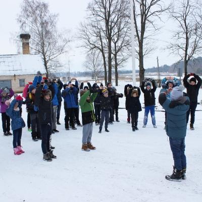 Kurtuvėnų žiemos stovykloje - ledo ritulio tema