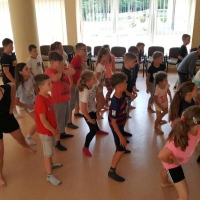 Kitokios pamokos ir pramogos Veprių stovykloje