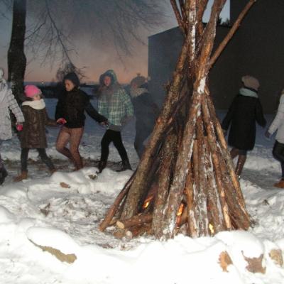 """Žiemos stovykla """"Vaivorykštė"""" kvietė stovyklautojus pasidžiaugti edukaciniu poilsiu"""